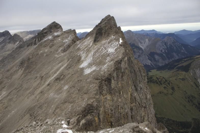 Laliderer Spitze und Laliderer Wände, dazwischen liegt die Biwakschachtel