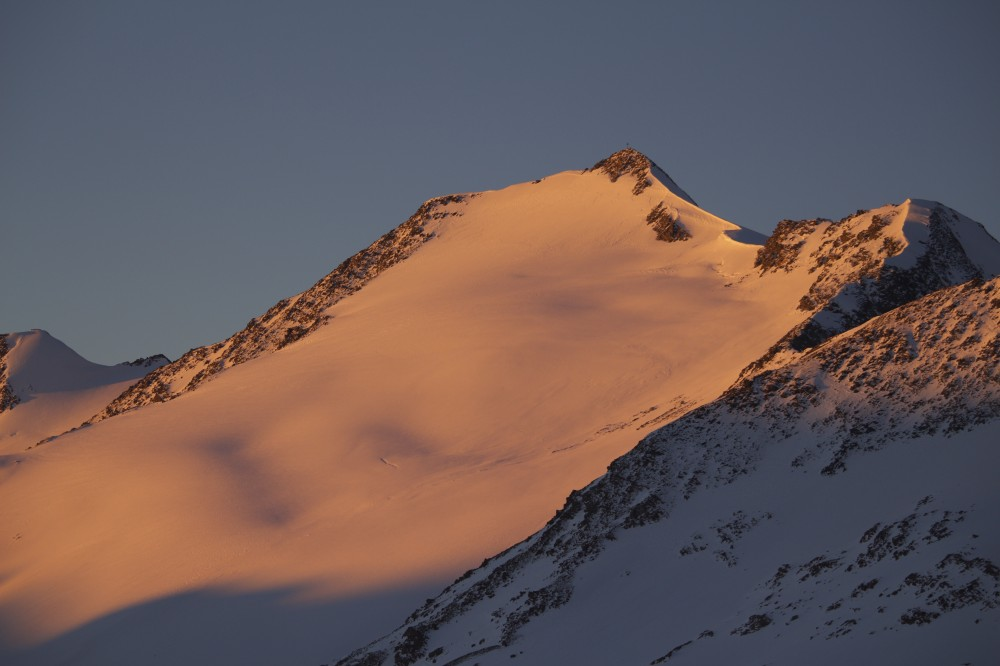Schalfkogel in der Morgensonne