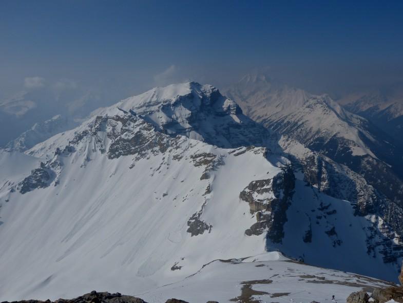 Ausblick zu Lämpermahdspitze, Kesselspitze und Habicht