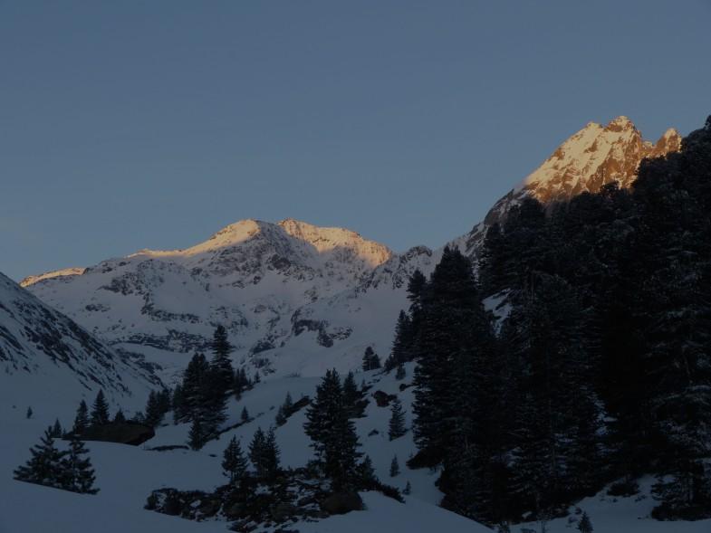 Der Hochreichkopf, rechts der markante Mittergrat