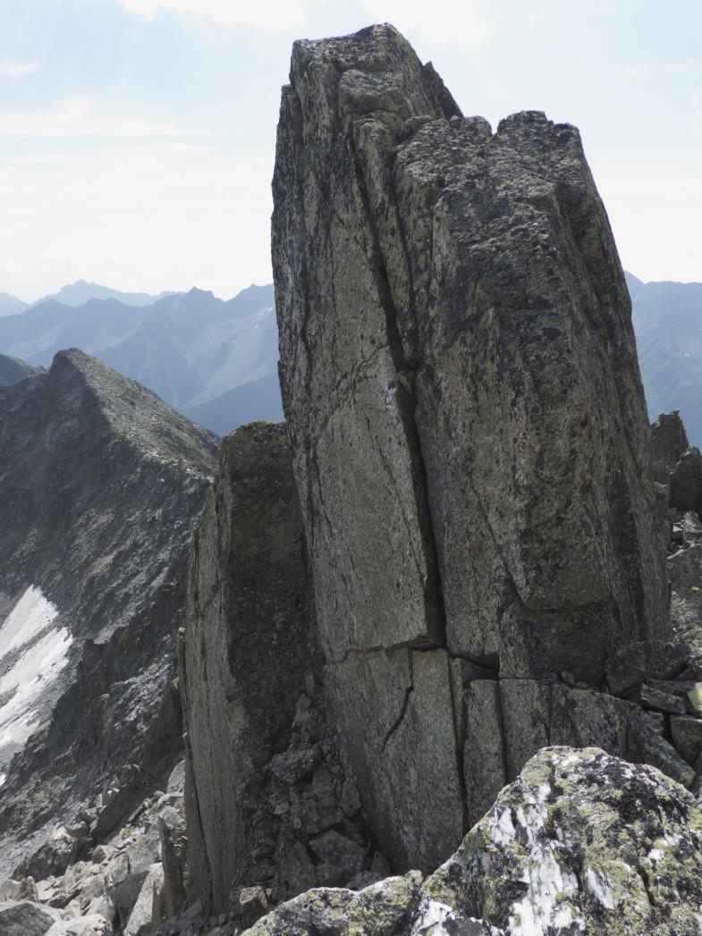 Weiterweg zum Schrimmenkopf (links im Hintergrund)