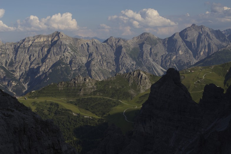 Tiefblick in die Schlick, gegenüber Kesselspitze, Wasenwand, Hammerspitze und Kirchdachspitze