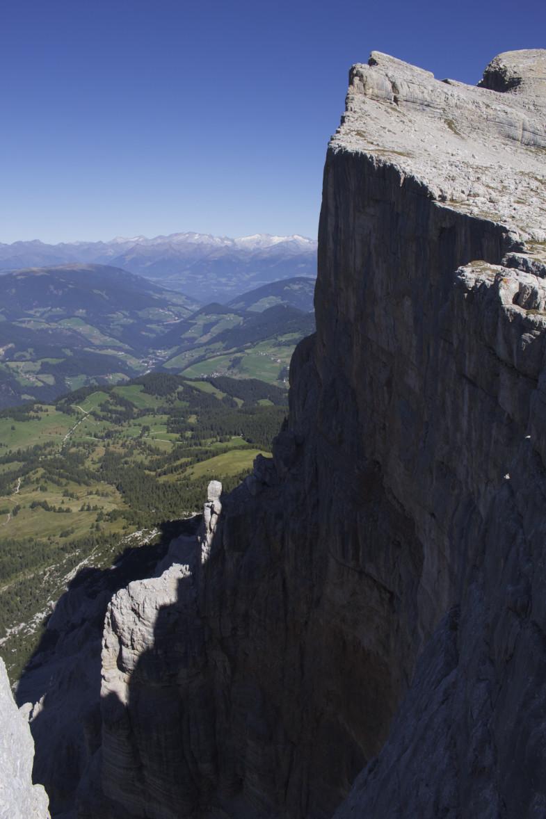 Heiligkreuzkofel Steilwand, kurz nach der Kreuzkofelscharte