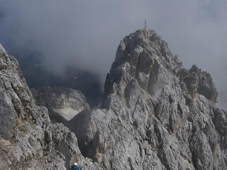 Am Weg zum Mittelgipfel, Blick retour zum NO Gipfel