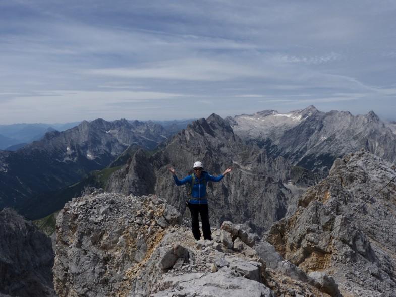Sonja hat es geschafft, am vierten Gipfel für heute :-D