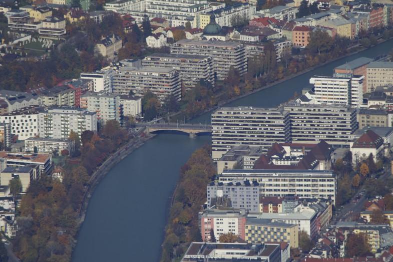 Innsbrucker Universität vom Spitzmandl aus gesehen