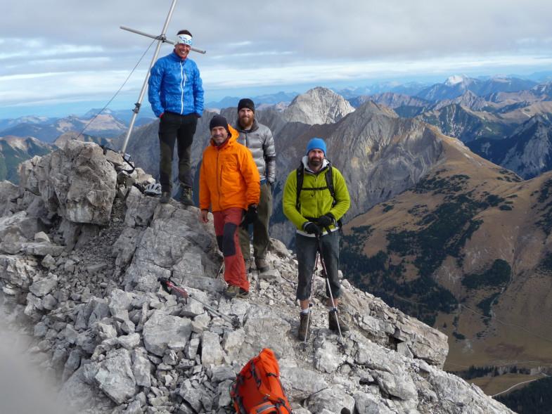 Alle 4e auf dem Unbenannten Gipfel ©Florian Graiff
