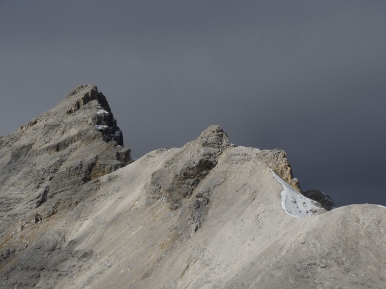 Blick zu Kaltwasserkarspitze und Bockkarlspitze vom Unbenannten Gipfel aus gesehen