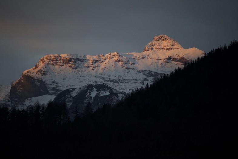 Kirchdachspitze am frühen Morgen