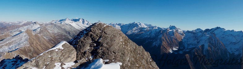 Am Gipfel der Rollspitze mit Blick gegen Osten