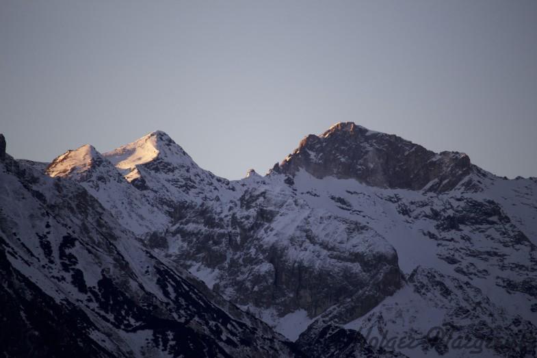 Ausblick auf Pflerscher Pinggl, Hoher Zahn und Weißwandspitze