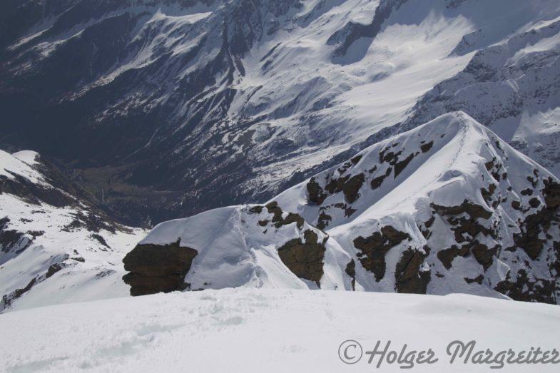 Tiefblicke vom Gipfel abwärts