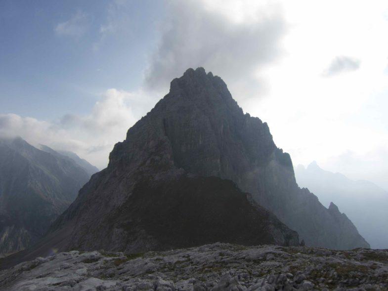 Am Söllerpass mit Blick auf den Westgrat