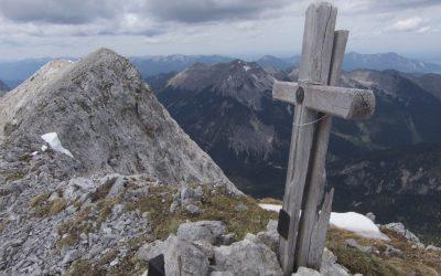 Gratbegehung überm Karwendeltal- eine schöne Bike&Hike Runde